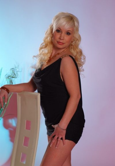 volosatie-prostitutki-novosibirsk-erotika-hud-film-otkrovennie-stseni